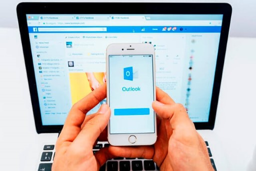 Why You Should Not Use Outlook or Gmail for Email Marketing